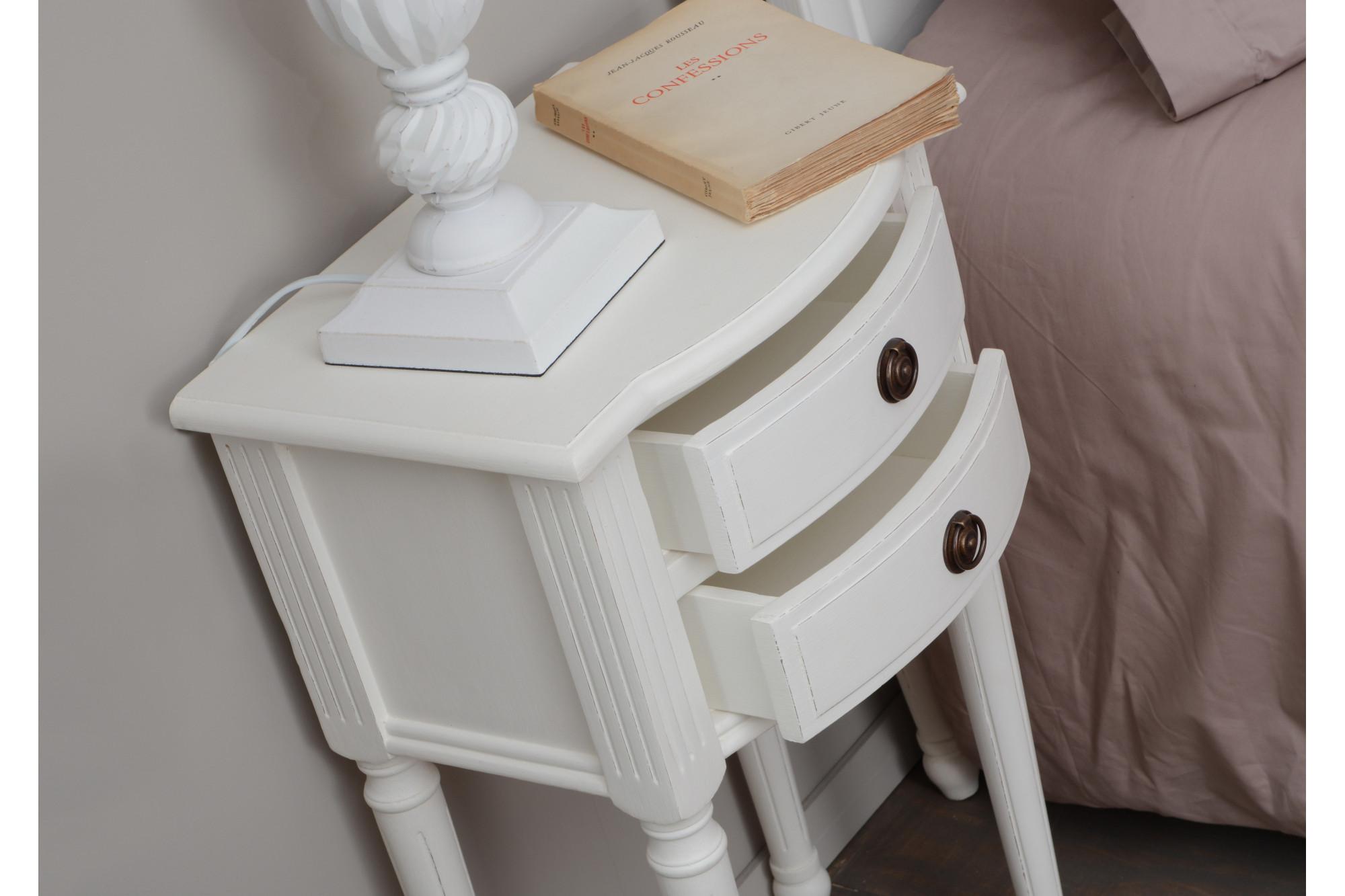Table De Nuit En Bois Blanc Agatha Hellin