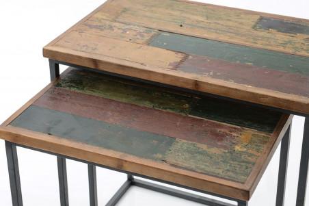 Zoom sur les plateaux colorées des tables basses CANARIES